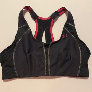 🐙 3 for $22 🐙- Under Armour sports bra